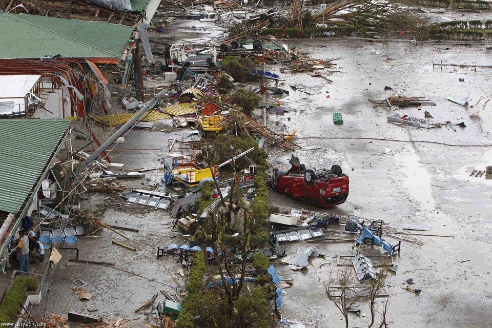 أضرار إعصار هايان 1313