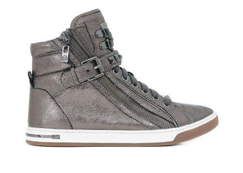 أحذية للأطفال من مايكل كورس Michae14