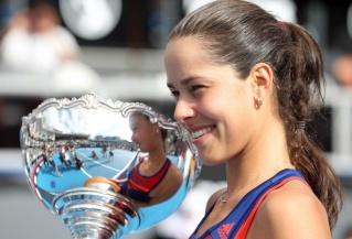 Top 10 de nos joueuses préférées - Page 4 Tennis11