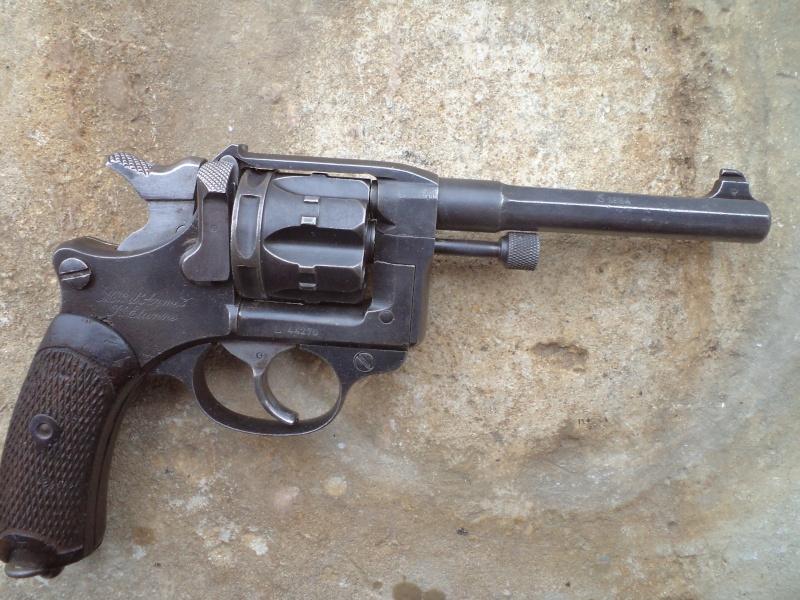 Marquages allemand  sur un revolver 1892 Revolv10