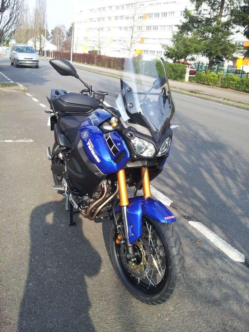 Triumph explorer XC  vs Yamaha XT 1200 ZE 2014-013
