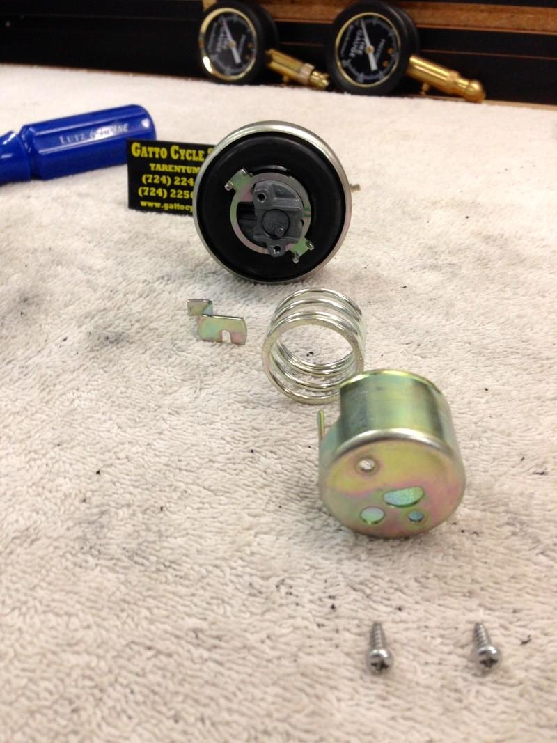 Locking gas cap Img_0811