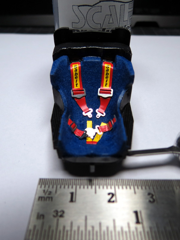 Tamiya Red Bull Racing Renault RB6 1:20 Sitz10