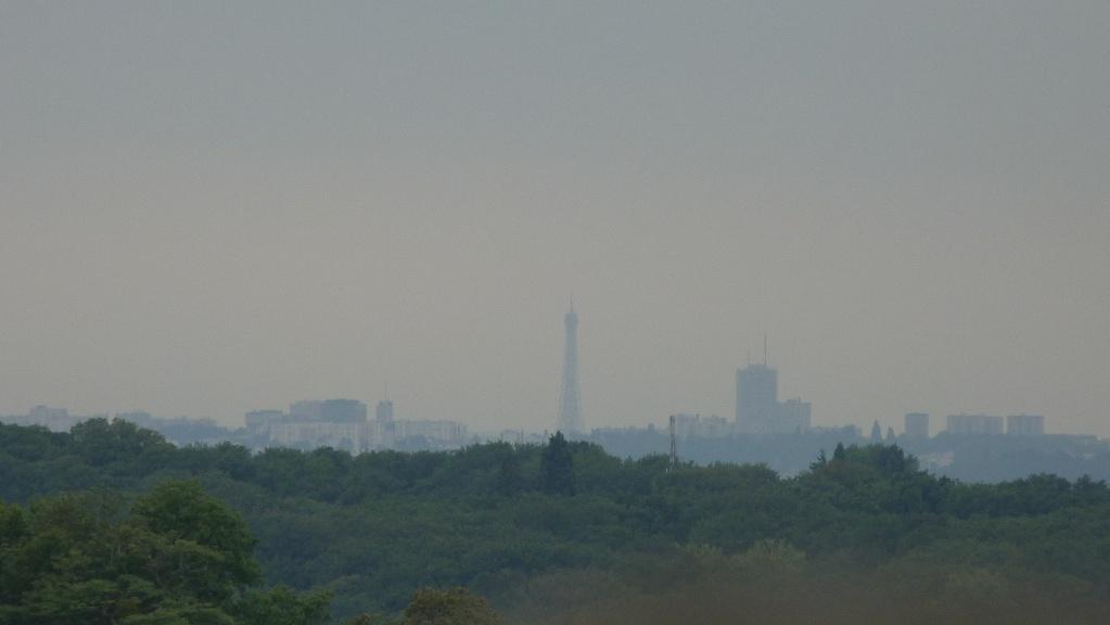Voir la Tour Eiffel depuis Disneyland P1140910