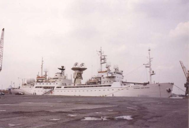 """Navires URSS """"spatiaux"""" Bateau27"""