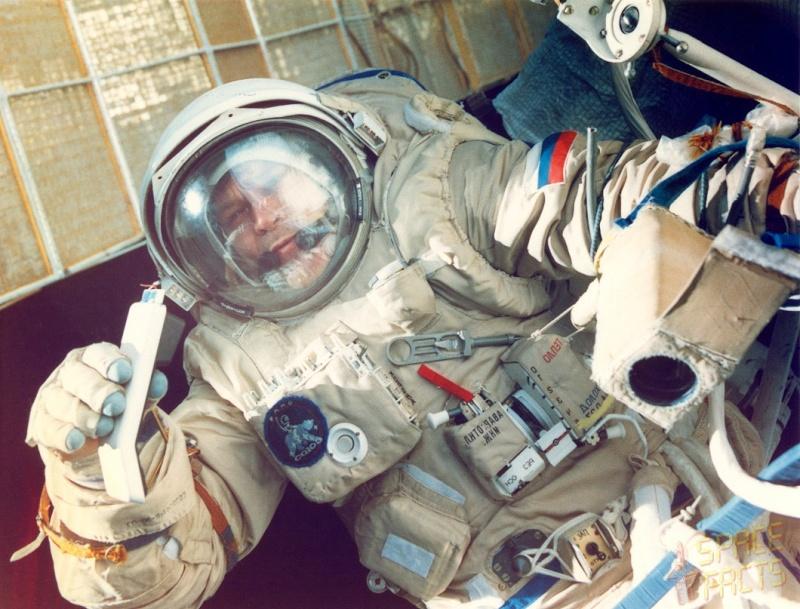 Alexandre Serebrov (1944-2013) Soyuz-10