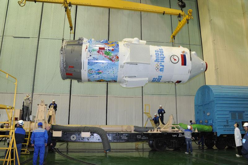 Lancement & retour sur terre de Soyouz TMA-11M  Soyuz102