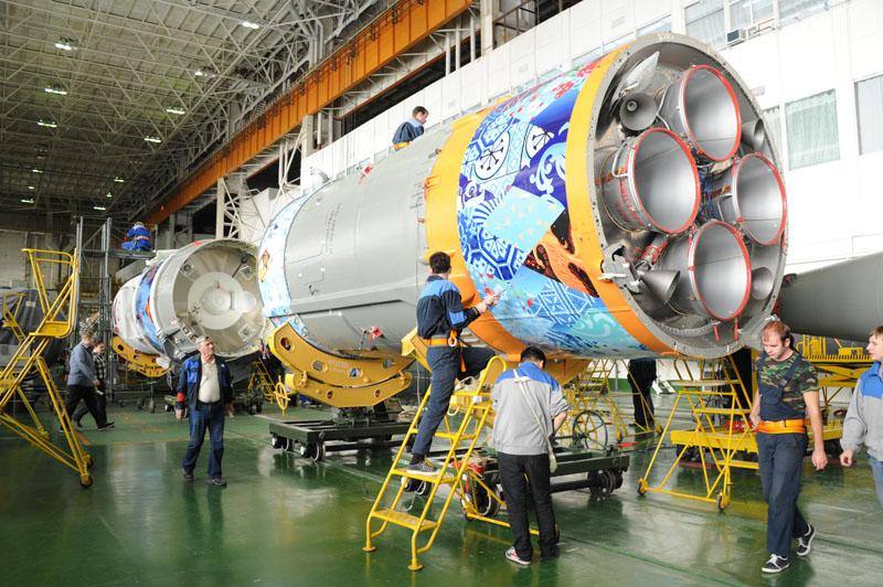 Lancement & retour sur terre de Soyouz TMA-11M  - Page 2 Soyuz111