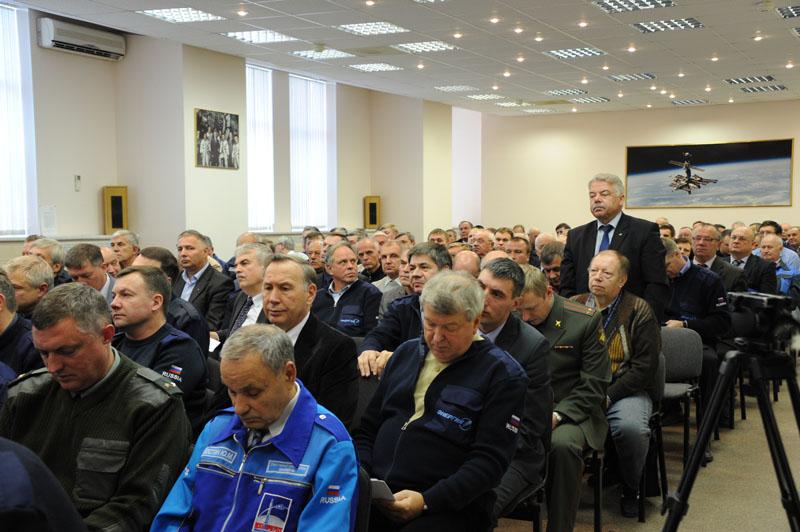 Lancement & retour sur terre de Soyouz TMA-11M  - Page 2 Soyuz123