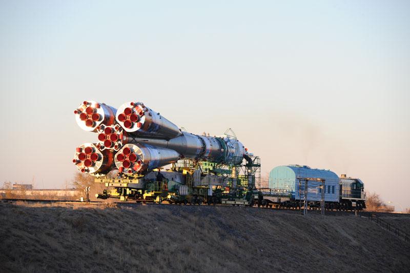 Lancement & retour sur terre de Soyouz TMA-11M  - Page 2 Soyuz126