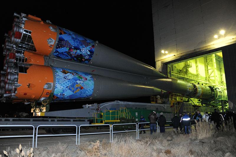 Lancement & retour sur terre de Soyouz TMA-11M  - Page 2 Soyuz129