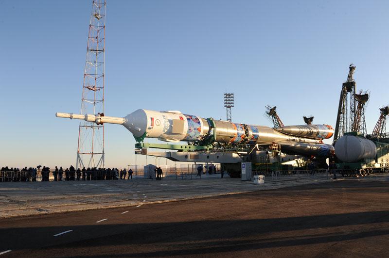 Lancement & retour sur terre de Soyouz TMA-11M  - Page 2 Soyuz140