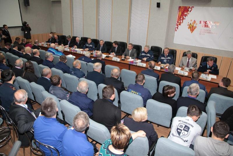 Lancement & retour sur terre de Soyouz TMA-11M  - Page 2 Soyuz145