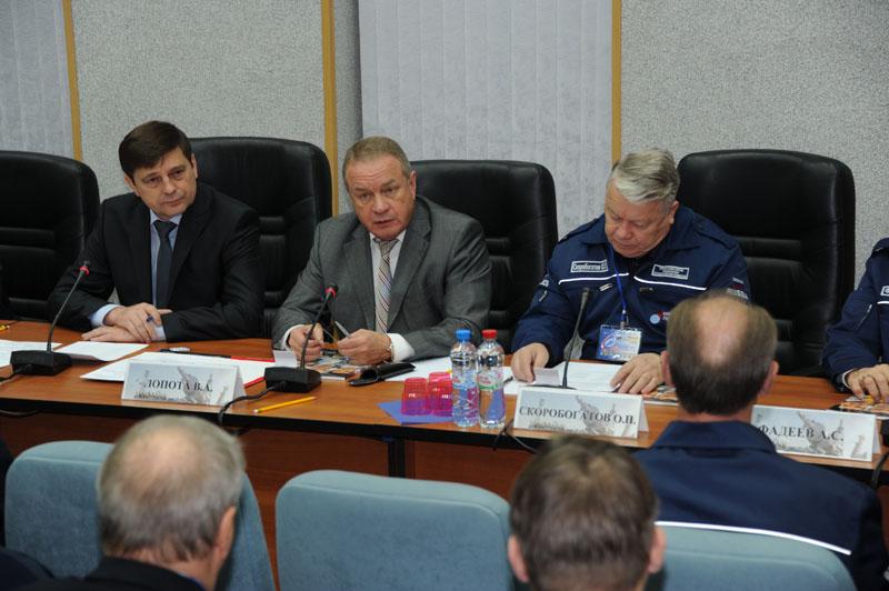 Lancement & retour sur terre de Soyouz TMA-11M  - Page 2 Soyuz146