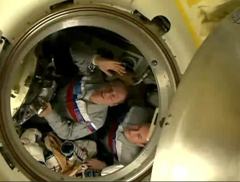 Lancement & fin de mission de Soyouz TMA-10M  - Page 5 Soyuz163