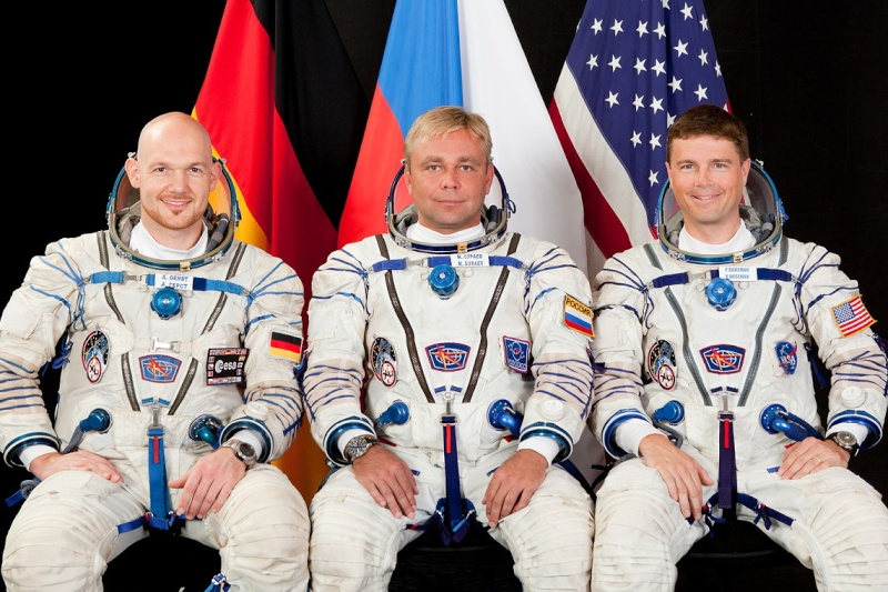 Lancement & retour sur terre de Soyouz TMA-11M  Soyuz_10