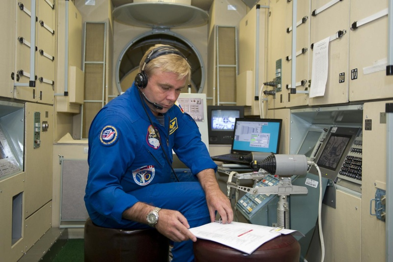 Lancement & retour sur terre de Soyouz TMA-11M  Soyuz_13