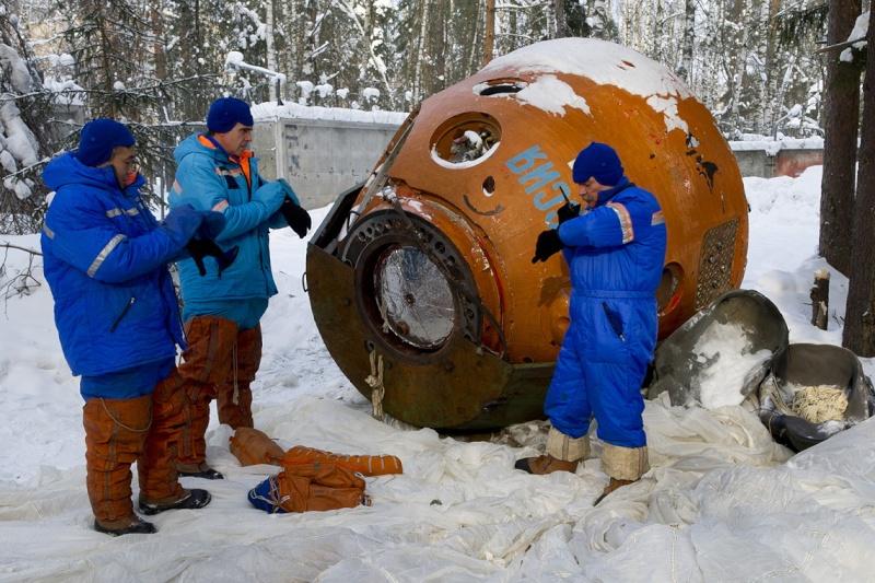 Lancement & retour sur terre de Soyouz TMA-11M  Soyuz_15