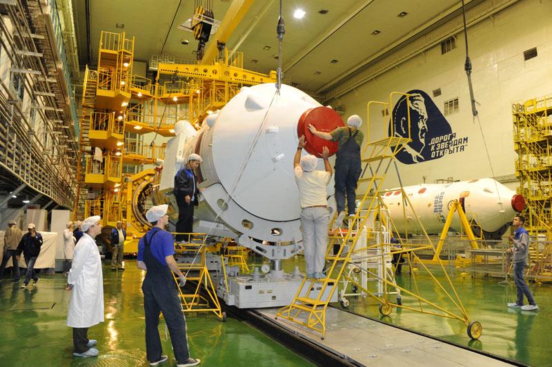 Lancement & retour sur terre de Soyouz TMA-11M  Soyuz_17