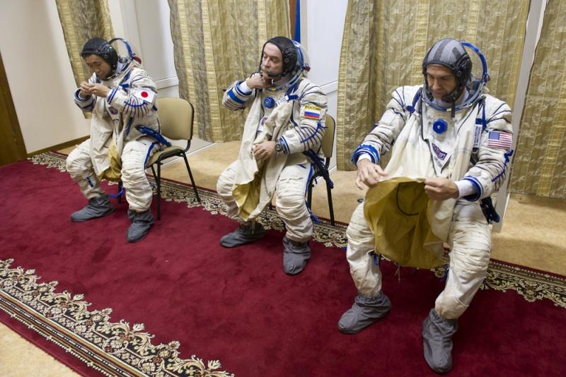 Lancement & retour sur terre de Soyouz TMA-11M  Soyuz_26