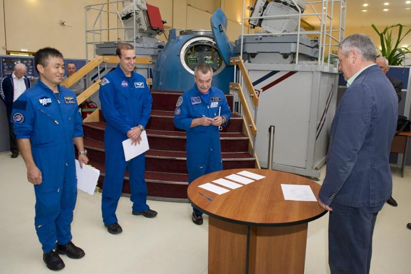 Lancement & retour sur terre de Soyouz TMA-11M  Soyuz_28