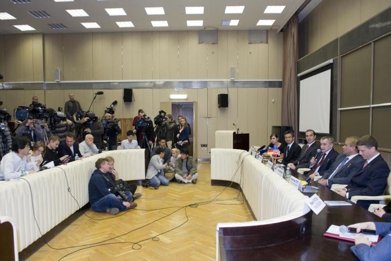 Lancement & retour sur terre de Soyouz TMA-11M  Soyuz_40