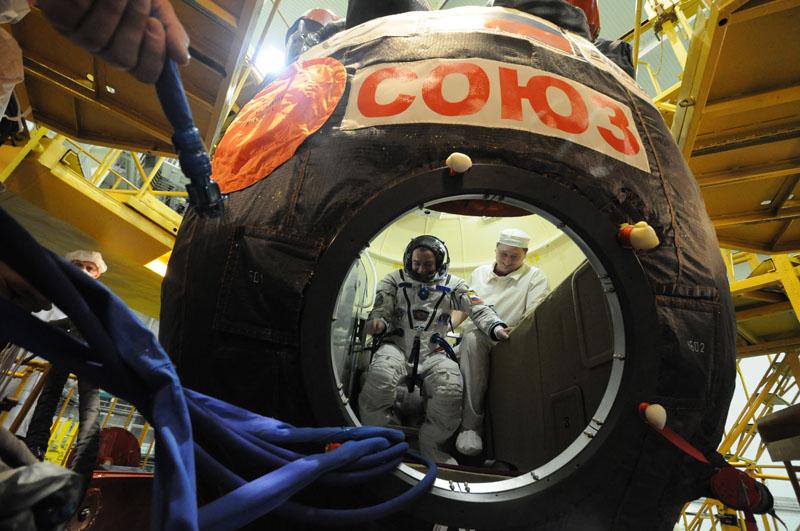 Lancement & retour sur terre de Soyouz TMA-11M  Soyuz_50