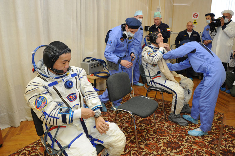 Lancement & retour sur terre de Soyouz TMA-11M  Soyuz_55
