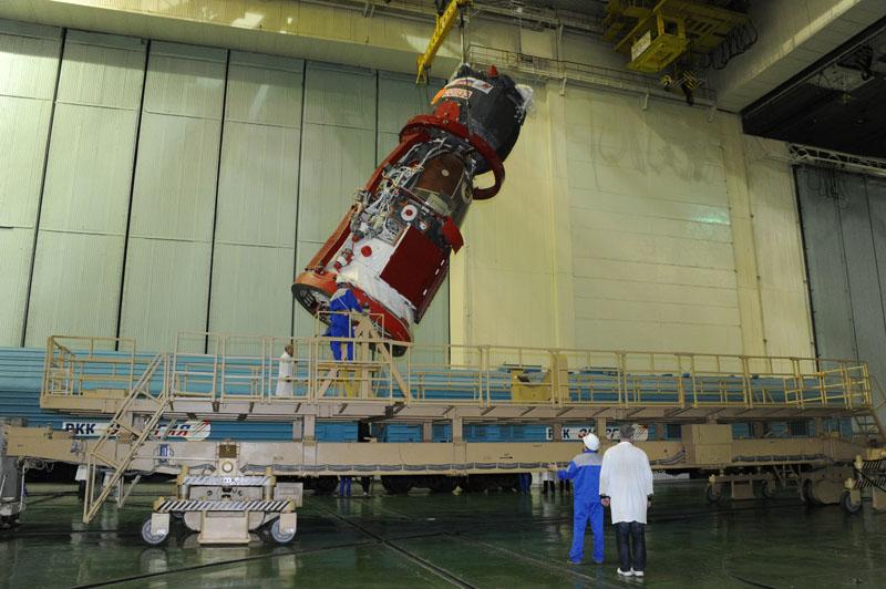 Lancement & retour sur terre de Soyouz TMA-11M  Soyuz_65