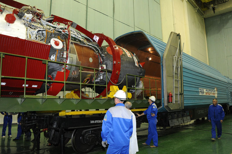 Lancement & retour sur terre de Soyouz TMA-11M  Soyuz_66