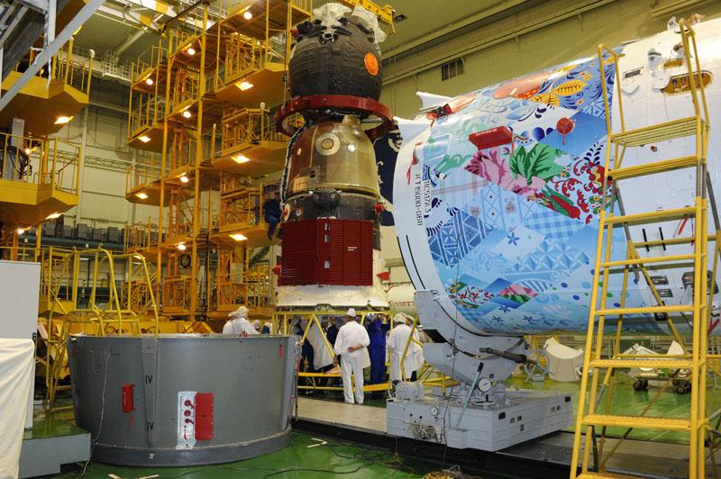 Lancement & retour sur terre de Soyouz TMA-11M  Soyuz_70