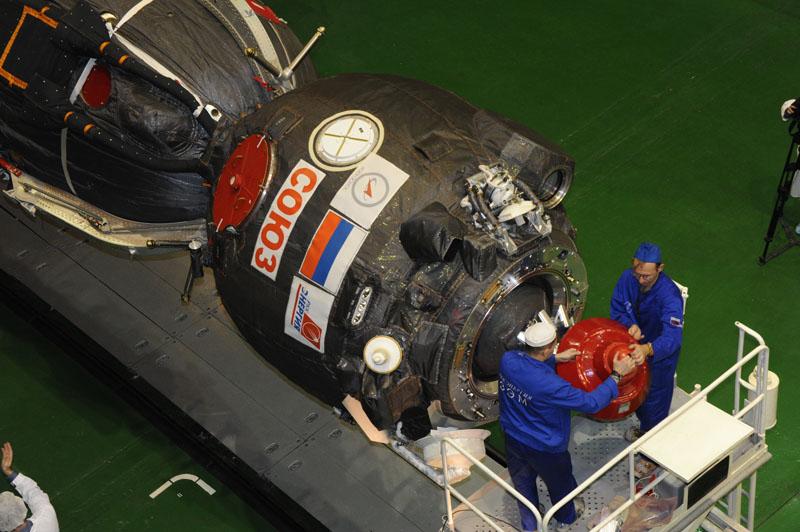 Lancement & retour sur terre de Soyouz TMA-11M  Soyuz_79