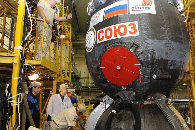 Lancement & retour sur terre de Soyouz TMA-11M  Soyuz_82