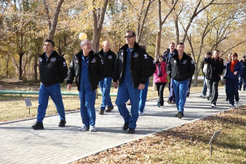 Lancement & retour sur terre de Soyouz TMA-11M  Soyuz_87