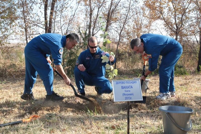 Lancement & retour sur terre de Soyouz TMA-11M  Soyuz_89