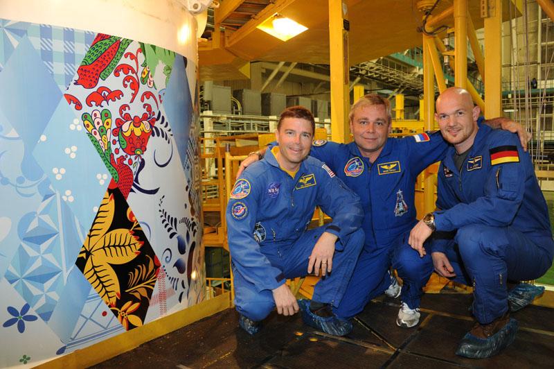 Lancement & retour sur terre de Soyouz TMA-11M  Soyuz_90