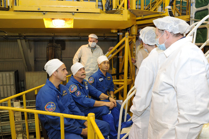 Lancement & retour sur terre de Soyouz TMA-11M  Soyuz_94