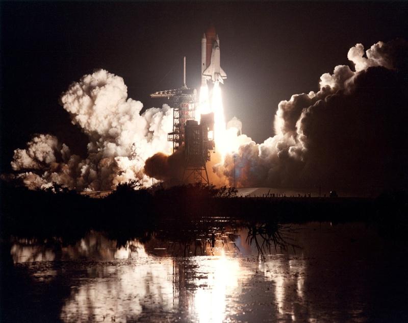 Disparition de l'astronaute Dale Gardner (1948-2014) Sts-8_14