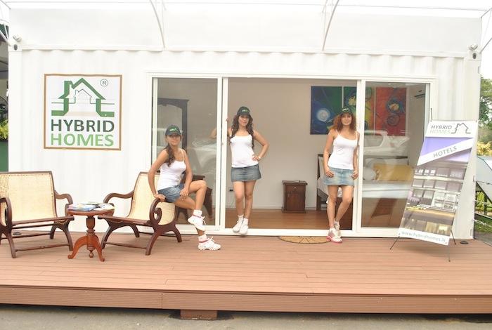 Hybrid Homes unveils 'Hybrid Chalet' at RCGC Dsc_3612
