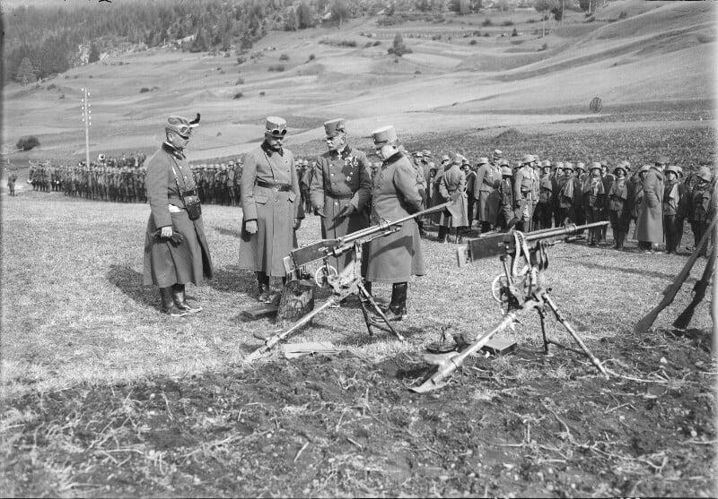"""""""Beutewaffen"""" Armes de Prise des """"Centraux"""" en 14/18 Kaiser10"""