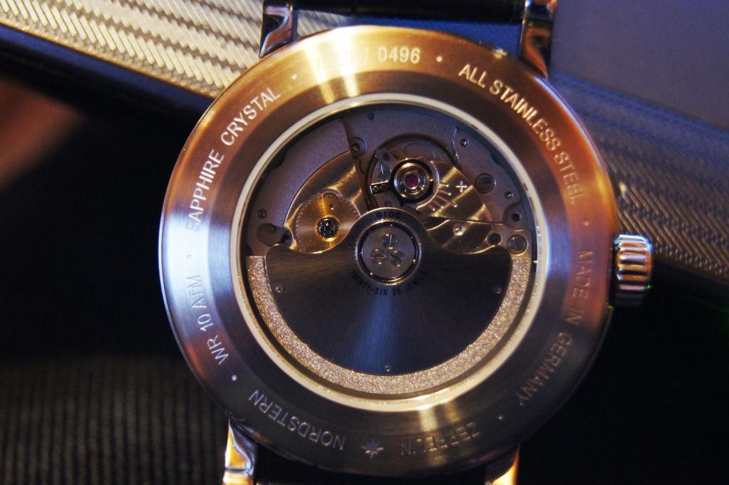 Montre automatique mécanisme apparent Dsc04810
