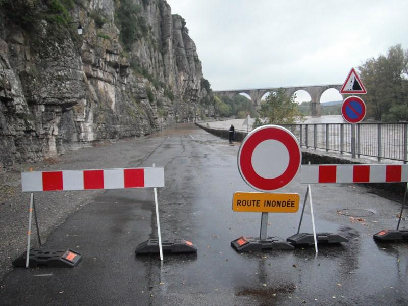 Nettoyage a Pont de Labeaume Dscf4716