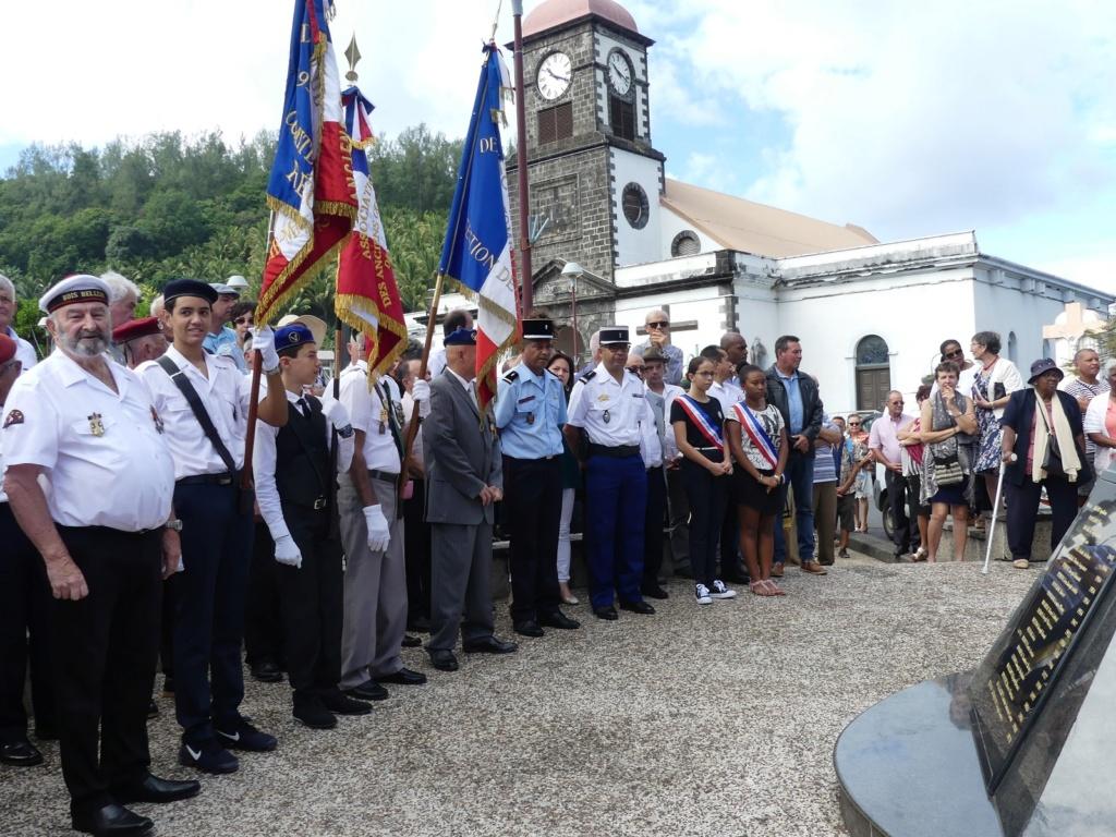[ Histoires et histoire ] Commémoration du 8 mai 1945 à Fouesnant Victoi10