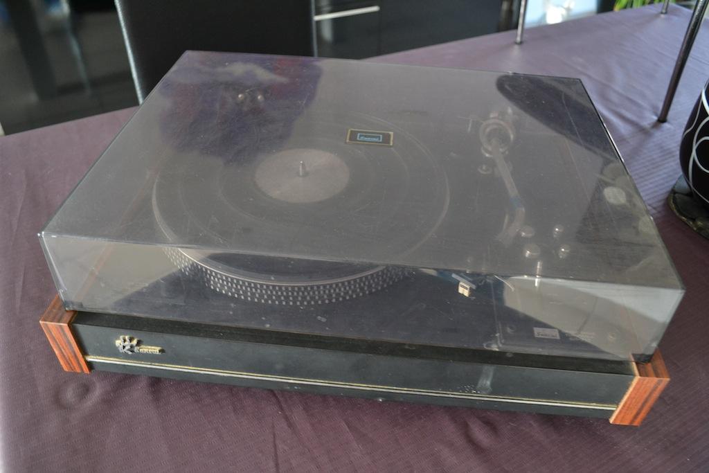 Platine Vinyle Sansui SR-717 Dsc_0010