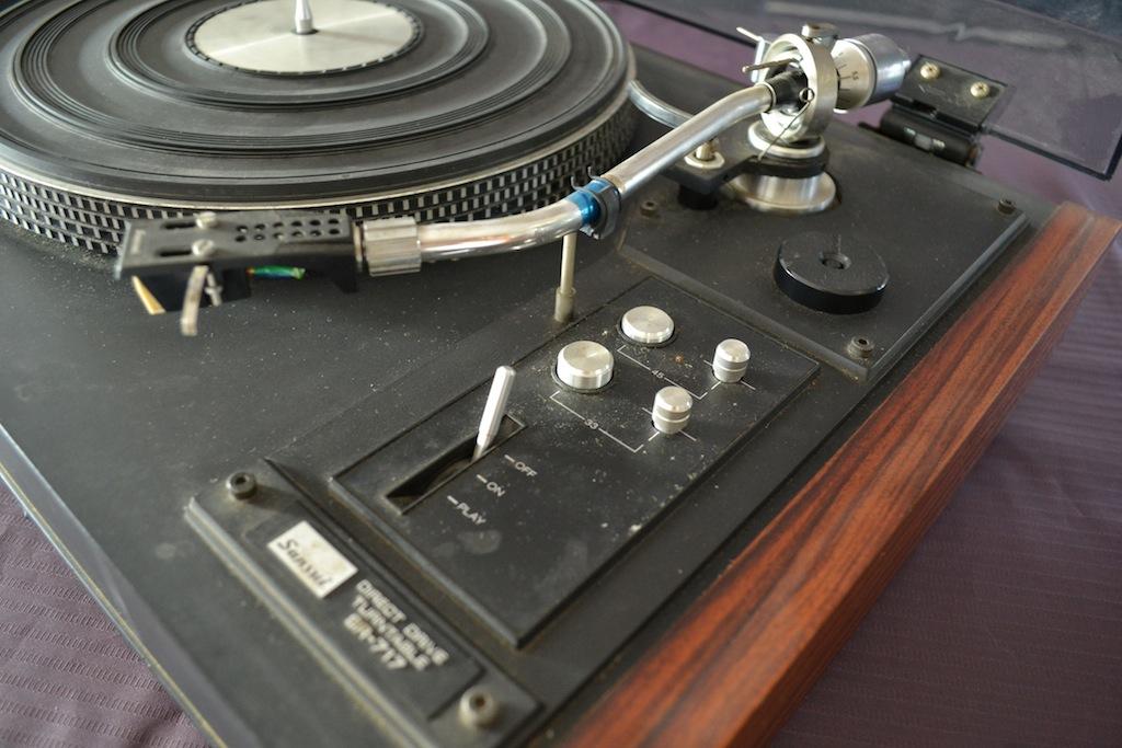 Platine Vinyle Sansui SR-717 Dsc_0012