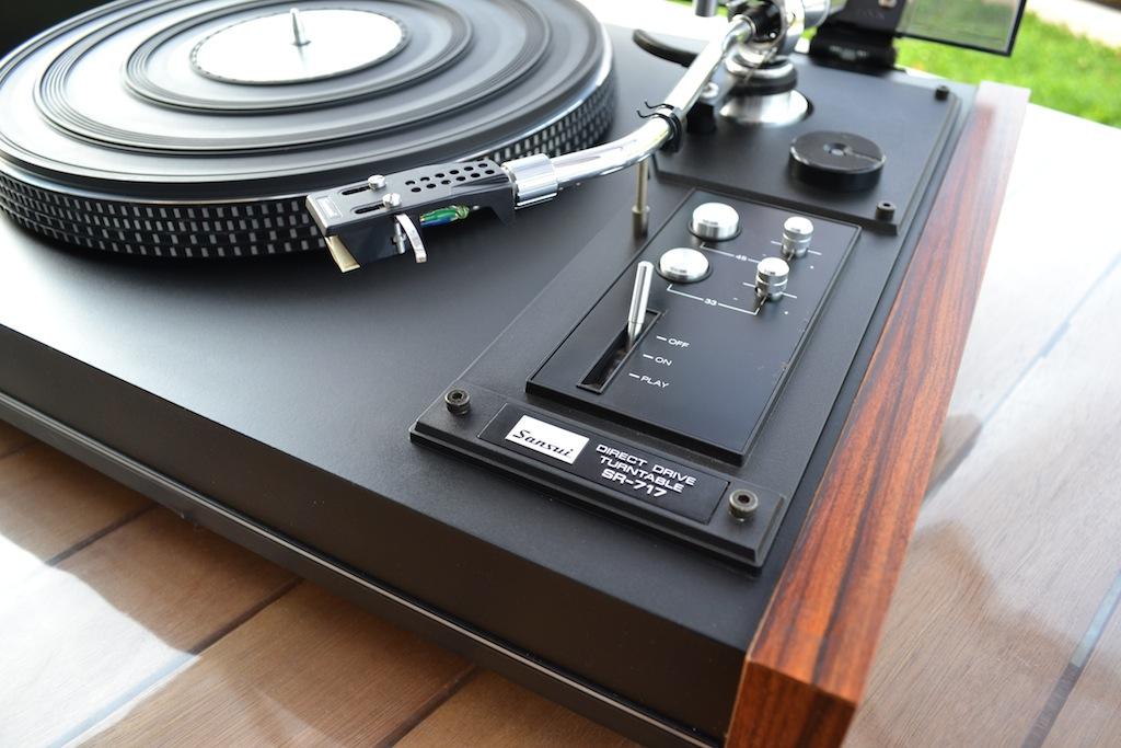 Platine Vinyle Sansui SR-717 Dsc_0015