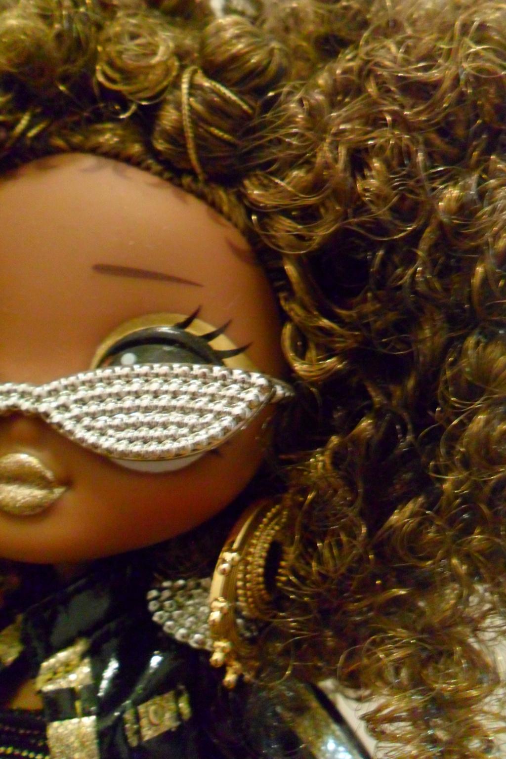 Parce qu'il n'y a pas que Barbie dans ma vie de collectionneuse ! Snapstar et Lol OMG Sam_9859