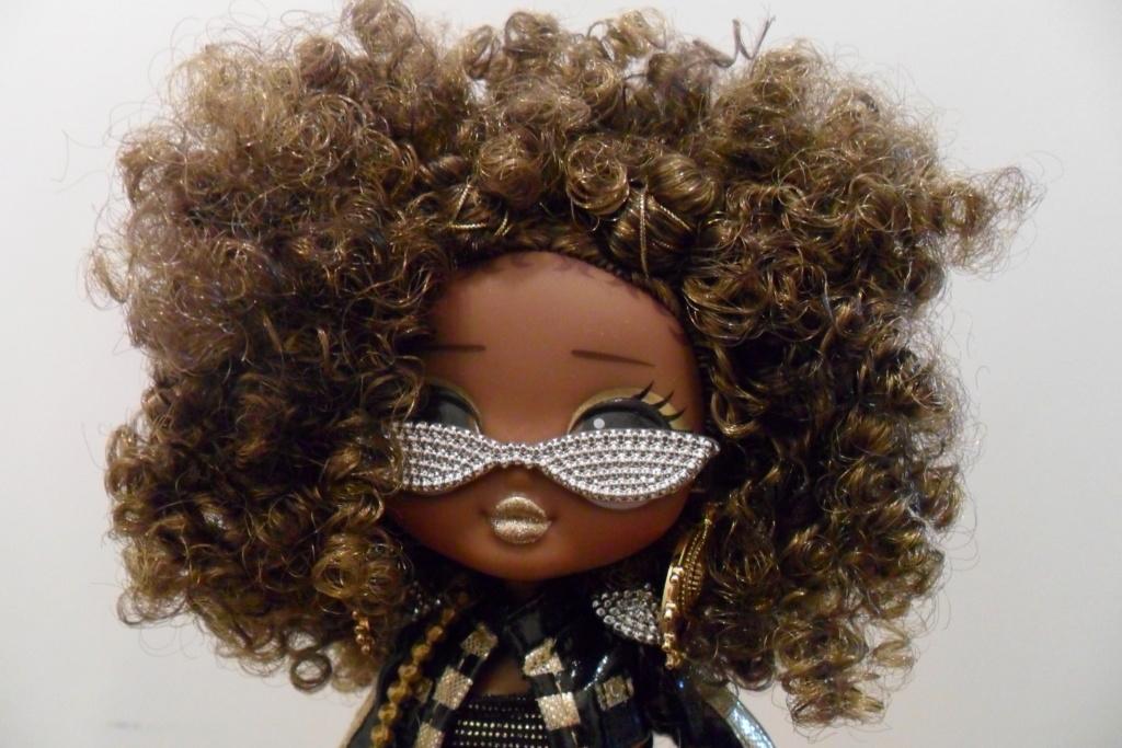 Parce qu'il n'y a pas que Barbie dans ma vie de collectionneuse ! Snapstar et Lol OMG Sam_9860
