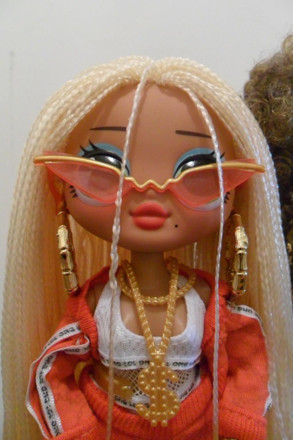 Parce qu'il n'y a pas que Barbie dans ma vie de collectionneuse ! Snapstar et Lol OMG Sam_9862