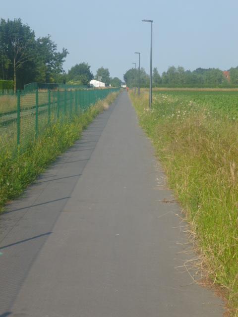 L052 Fietspad langs de lijn 52 (Dendermonde-Boom) F19 Fietssnelweg F19 0_p10110